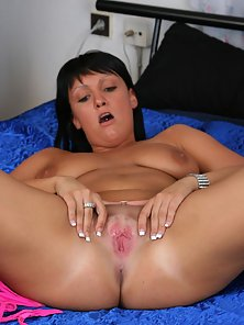 Busty Brunette Lady Bangs Her Hungry Twat by Dildo and Meaty Cock