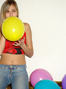 Cute Katrina Getting Naked While Playing With Balloons