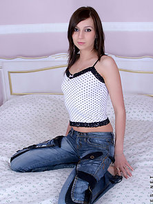 Desirable Brunette Tosha Spends Horny Moments with the Hunky Dude