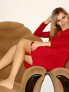 Appealing Hot Katrina In Red Dress Gets Horny While Sitting On Chair