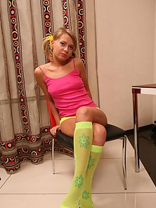 Green Socks Babe Horny and Hammered Mouth by Huge Cock