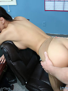 Brunette Alexis Love Stretch Sexy Legs on Table and Cum On Mouth