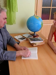 Naked Blonde Chick Getting Hammer Action with Her Old Office Owner