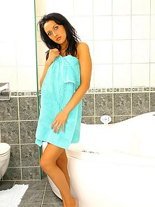 Blue Towel Brunette Bathing and Fingering Pussy in the Bathroom