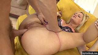 Erotic Blonde Chloe Conrad with Bubble Butts Pounded by Fleshy Prick