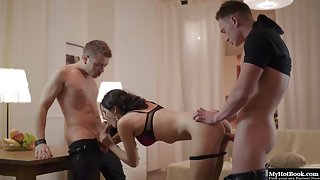 Attractive Babe Anita Sparkle Gets Stripped and Railed in Threeways