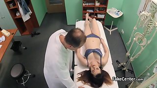 Cute Teen Gets Naughtily Pounded By the Hunky Doctor