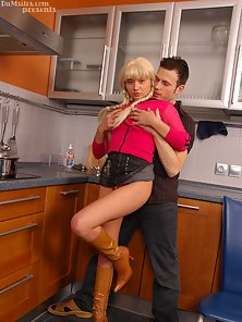 Blonde Sexy Pigtail Babe Blows and Ride Huge Cock in Kitchen Room