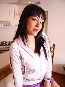 Straight Fringe Hair Babe Hugely Pounded After Licking Action till Sperm Facial