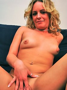 Curly Blonde Hair Babe Shows Her Naughty Action on Bed in Complete Naked Body