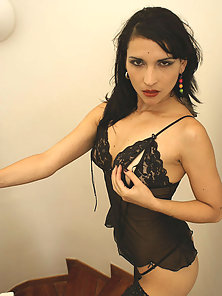 Argentine Beauty Mariana Gets Massively Pounded By Her Partner in Many Styles