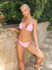 Busty Blonde in Pink Bikini Strips to Showing Her Beautiful Pussy