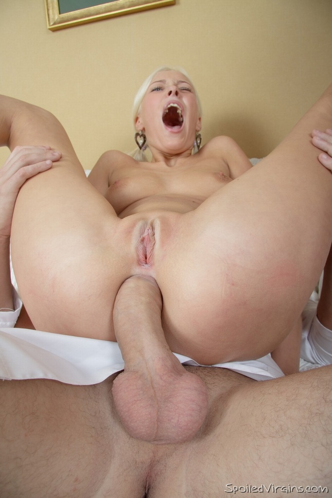 Blonde guy fucked in threesome for cash