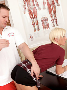 Blonde School Chick Is Getting Thrilled and Banged The Naughty Doctor