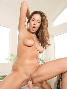 Brown Headed Busty Babe Rides a Huge Dick for Fucking Hard Her Juicy Cunt