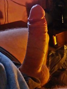 7 inch from base to tip when stiff