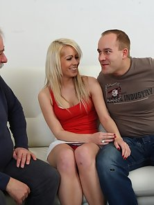 Petite Blonde Teen with Red Top Enjoy the Horny Sex in Trio