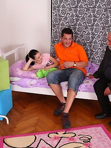 Hunky Man Fucked the Pretty Katia While Sleeping Over Bed