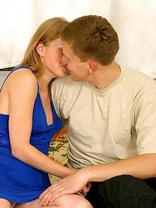 Naughty Hunky Partner Crazily Pounding with Her Girlfriend Pink Twat