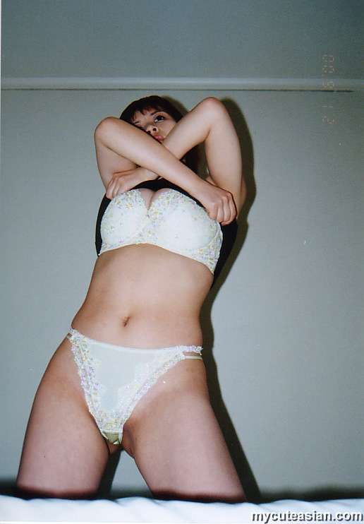 Amateur first time panties squirt