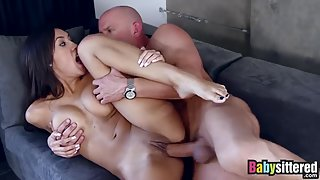 Splendid Babe Chloe Amour Kissing and Having Oral Sex in Moist Cunt
