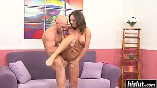 Horny Babe Gets Her Sweet Pussy Drilled Deep
