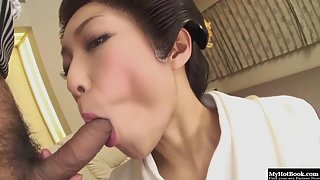 Sexy asian doll in kimono gives an amazing blowjob